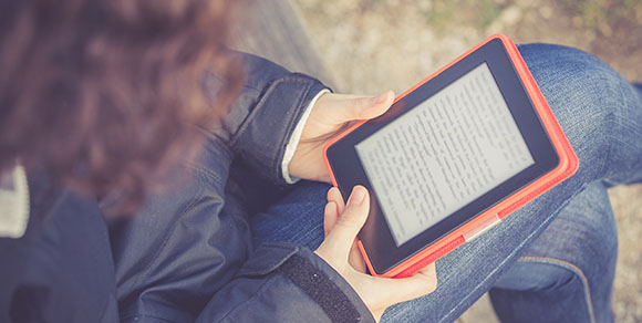 Library Journal survey finds noticeable differences in genre popularity between print books and ebooks